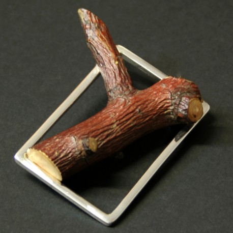 Sapling Lapel Needle