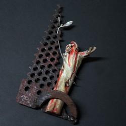 Enredadera en fusta, ferro i plata de llei