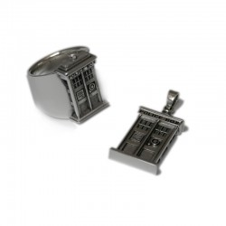 TARDIS Ring and Pendant - Doctor Who