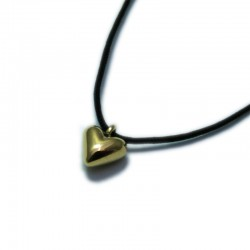 Pinch of Love in Yellow Gold