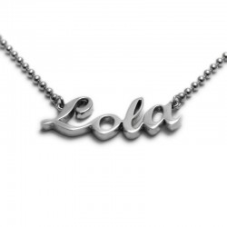 Name Necklace :: Lola