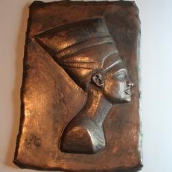 Nefertiti, exercicis de Repujat i Cisellat en coure