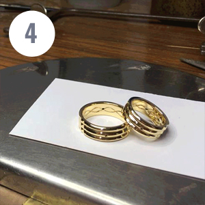 Fourth step of artisanal manufacturing of the Atlantis gold ring