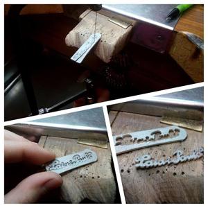 Proceso de creación de collar con nombres: Laia y Paula